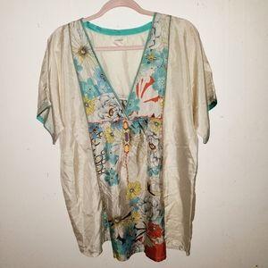 Sundance 100% silk blouse size L. Silk Floral